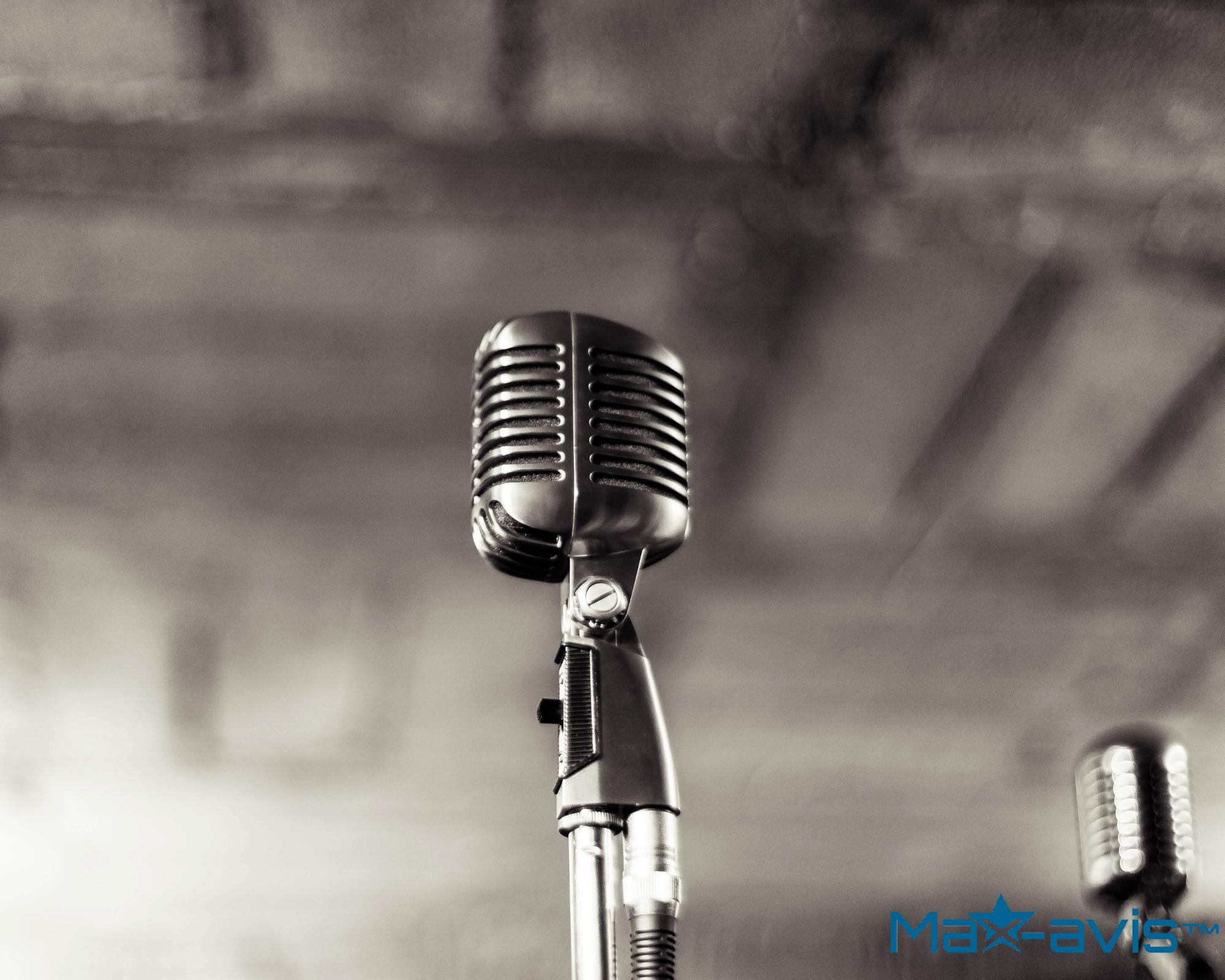 Microphone pour enregistrer une voix off