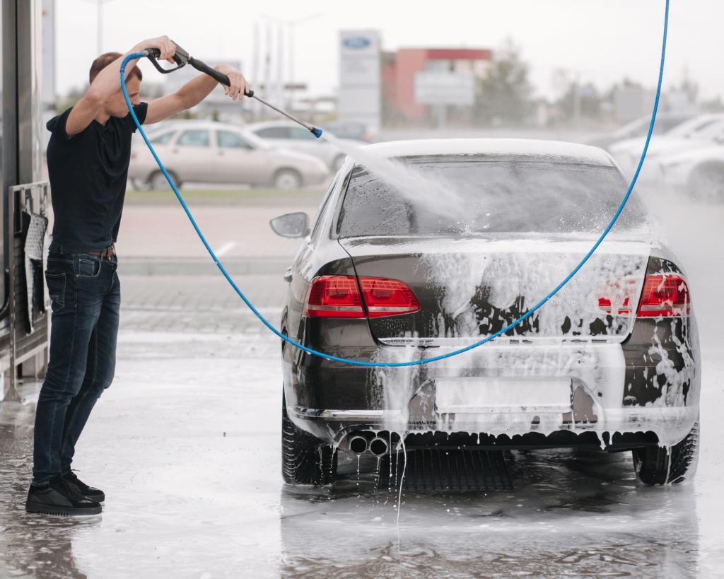 76 idées pour gagner de l'argent facilement : le lavage de voiture